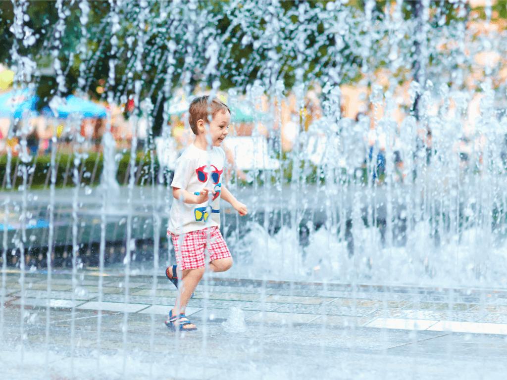 幼児の水遊びのおもちゃを手作り!都内の公園を紹介!
