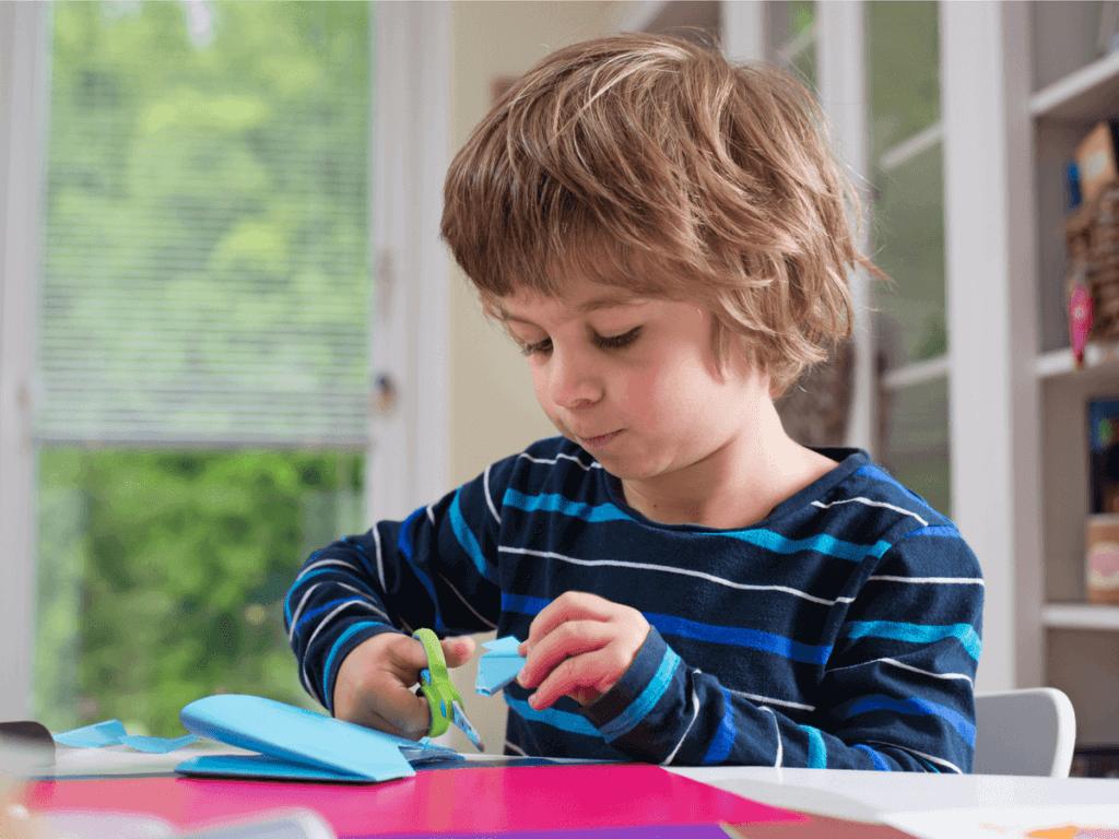 子どもの自由研究テーマを簡単な工作や手芸にしたい!