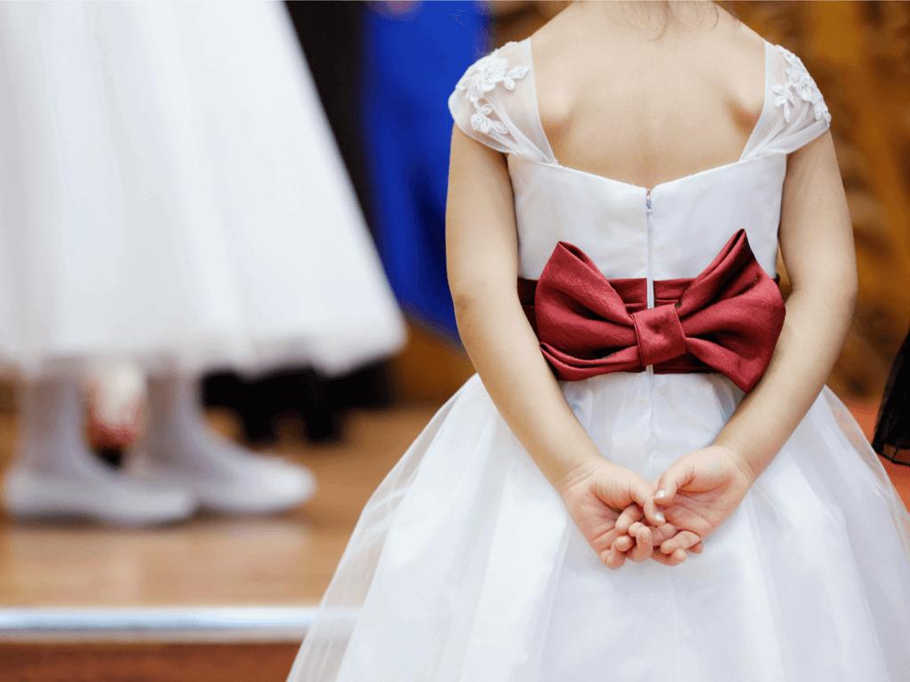 結婚式に子どもが出席!ご祝儀や余興はどうする?