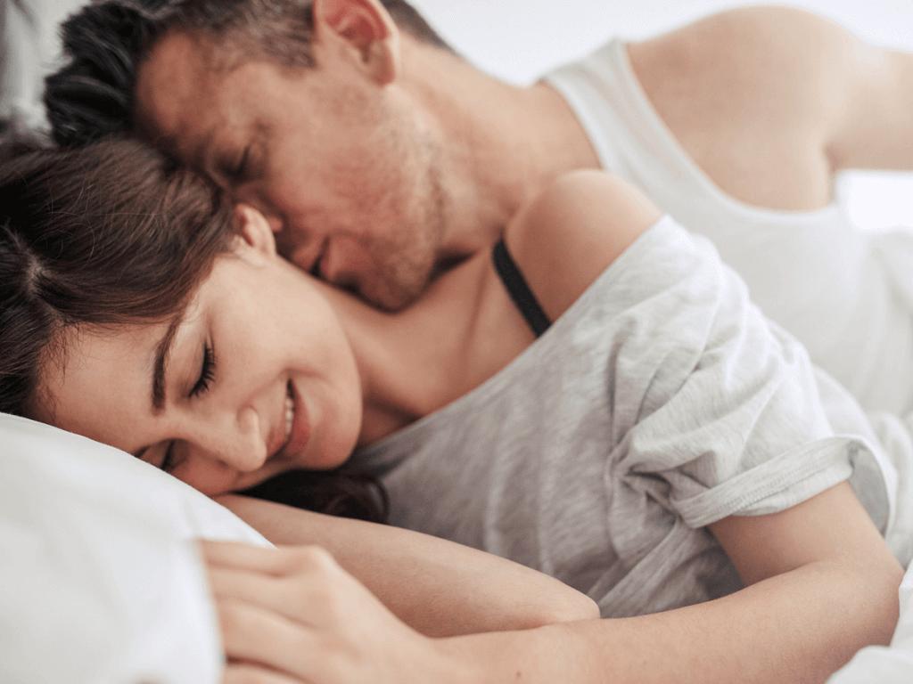 マンネリ化した夜の夫婦生活に必要な努力とは?「膣慣れ」を防いで出会った頃の二人に!