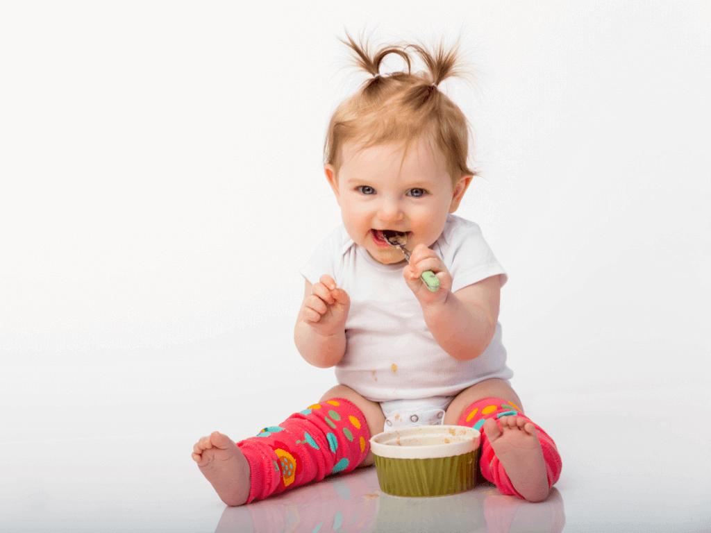 赤ちゃんのレッグウォーマーはいつから?夏・冬におすすめの素材やシルク、ジェラートピケなど人気商品12選