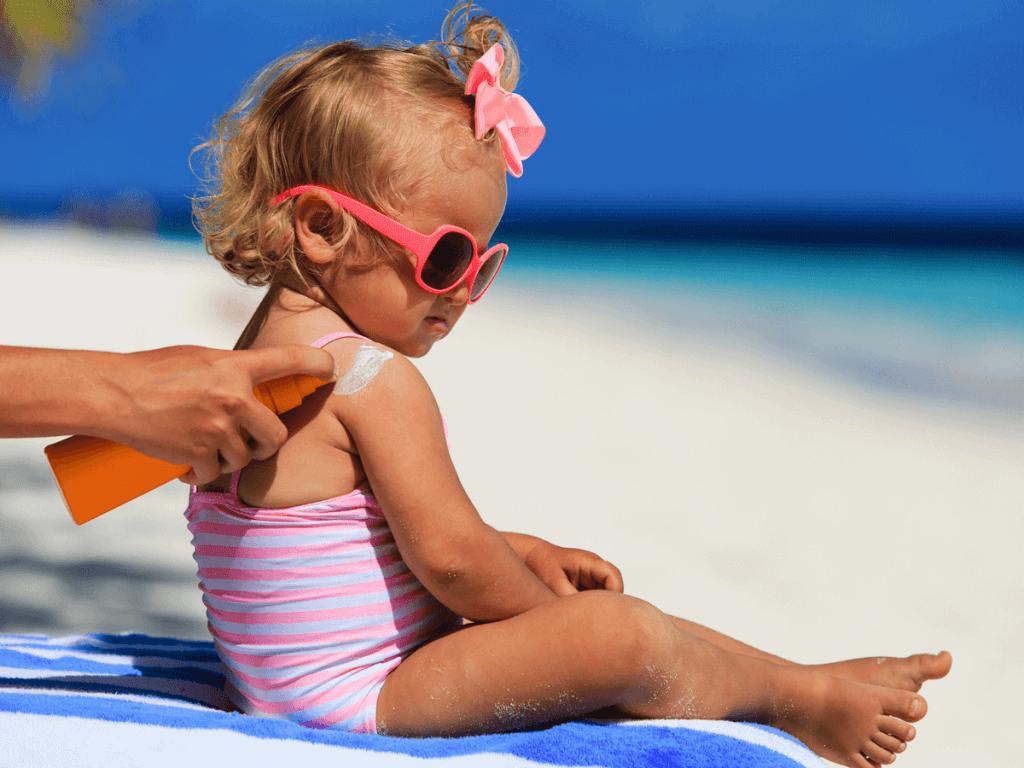 安全な子供用・日焼け止めの選び方とは?人気のおすすめ商品15選