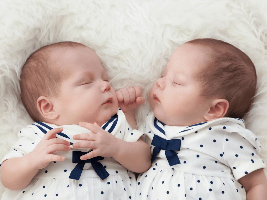 【医師監修】同時に2人を授かる奇跡!本当に知りたい双子妊娠7つのこと