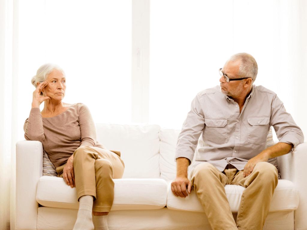 熟年離婚が30年で約6倍!長年連れ添った夫婦が別れる6個の原因とその後の生活