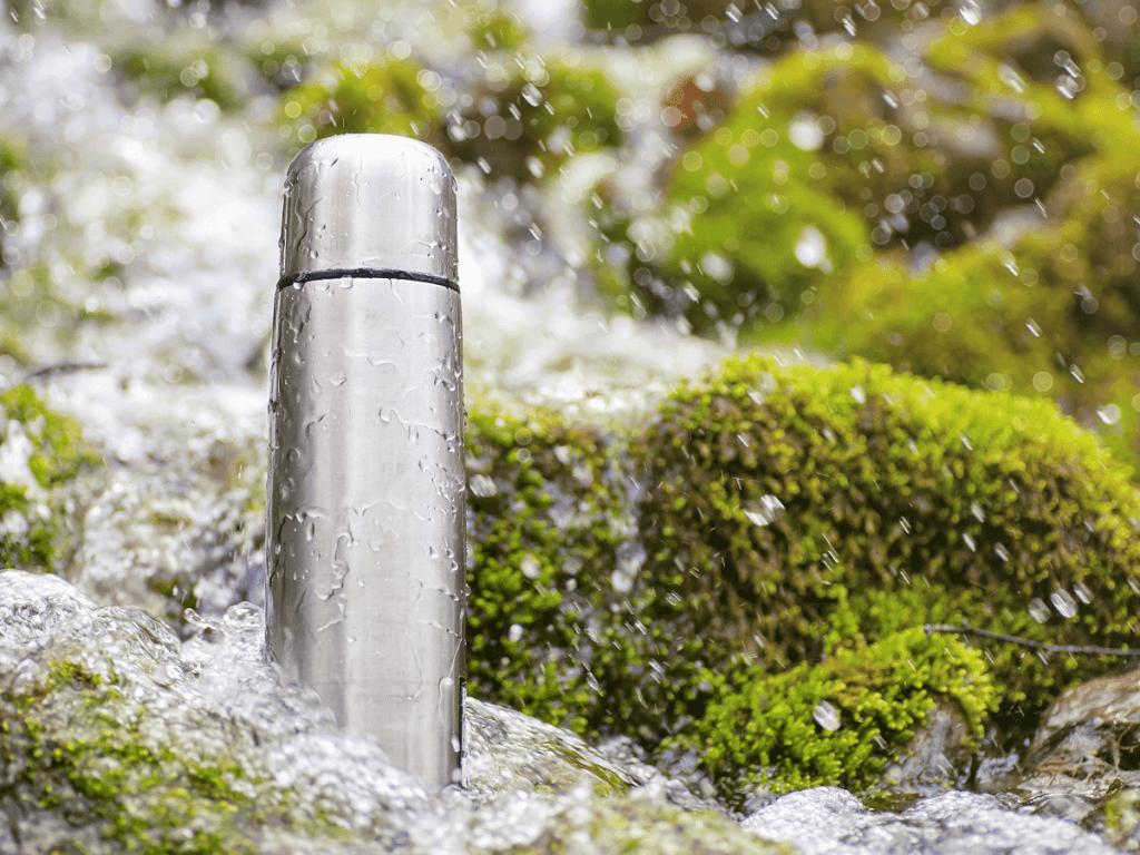 子供の水筒選びはステンレスとプラスチックどっち?素材の比較とおすすめ商品7選