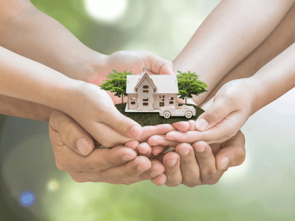 親と一緒に住む理想の二世帯住宅とは?後悔しないために知っておきたい間取りや相続税について