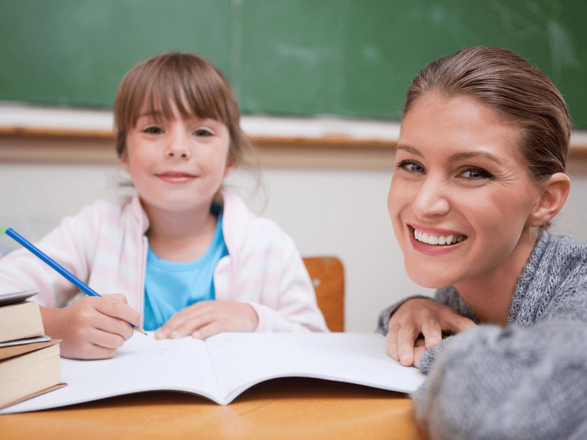 学童保育指導員は子ども達の放課後をしっかり守る!気になる仕事内容と必須資格取得の方法とは