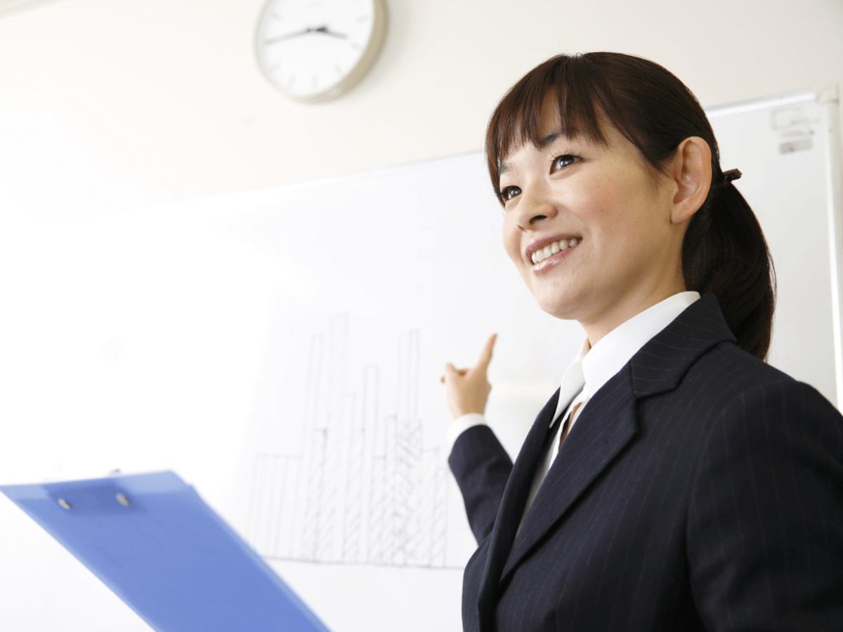 日本語教師は日本と他国の架け橋になる!なるために必要な資格や給与、気になる将来性について
