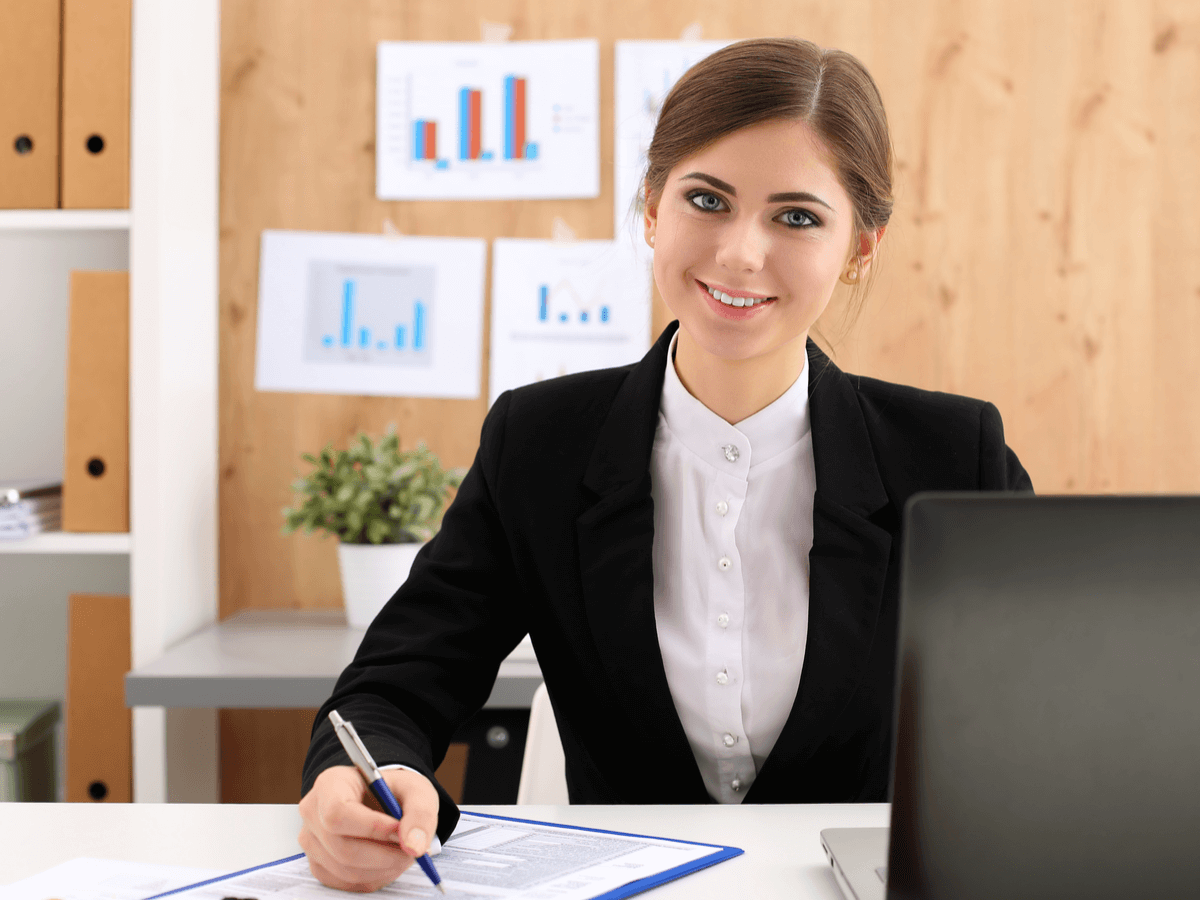 公認会計士は企業のドクターといわれているけどどんな仕事?その具体的な業務と税理士との違いについて