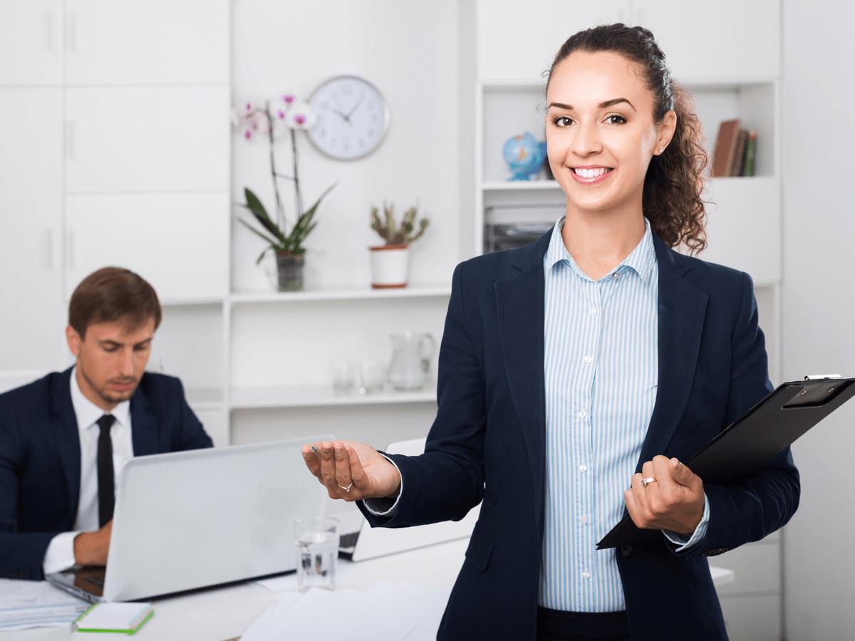 秘書は上司を影ながらしっかりとサポートする!就職するときに役立つ秘書検定や仕事内容について