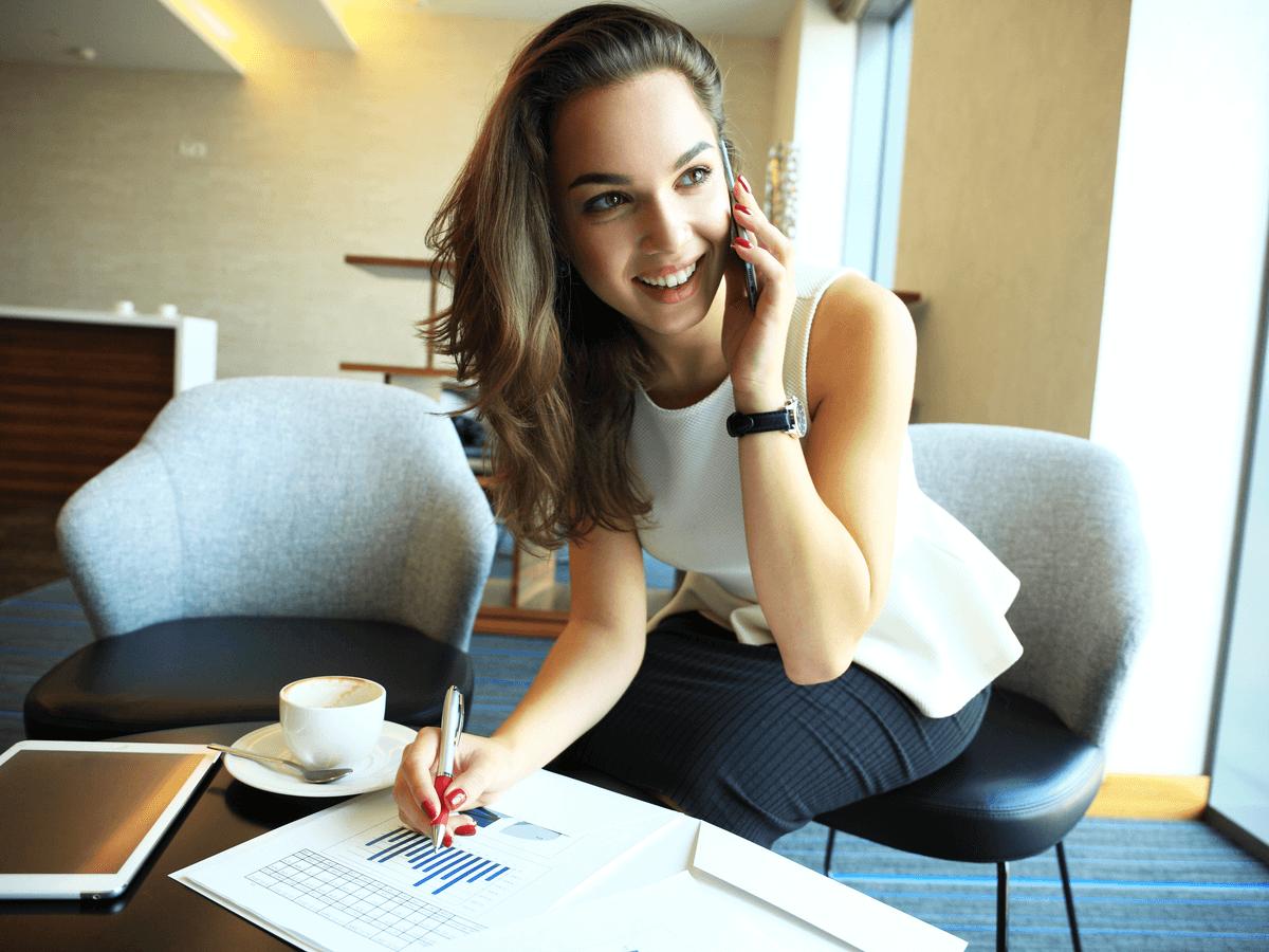 仕事ができる女性の7個の特徴と役に立つこと間違いなしのビジネスアイテム6選