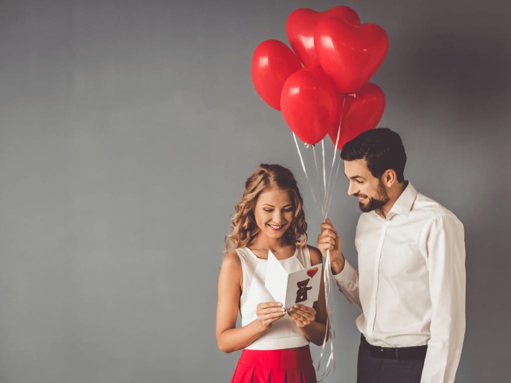 結婚記念日のサプライズアイディア集12選!妻・夫へ、子どもから両親へ喜ばれるとっておきのプレゼント