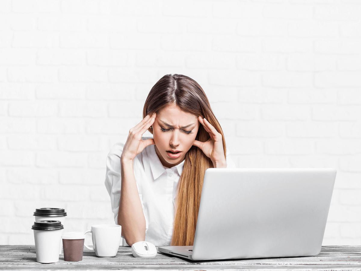 「仕事を辞めたい…」と本気で悩んだ時に見るべき理由別の対処法!