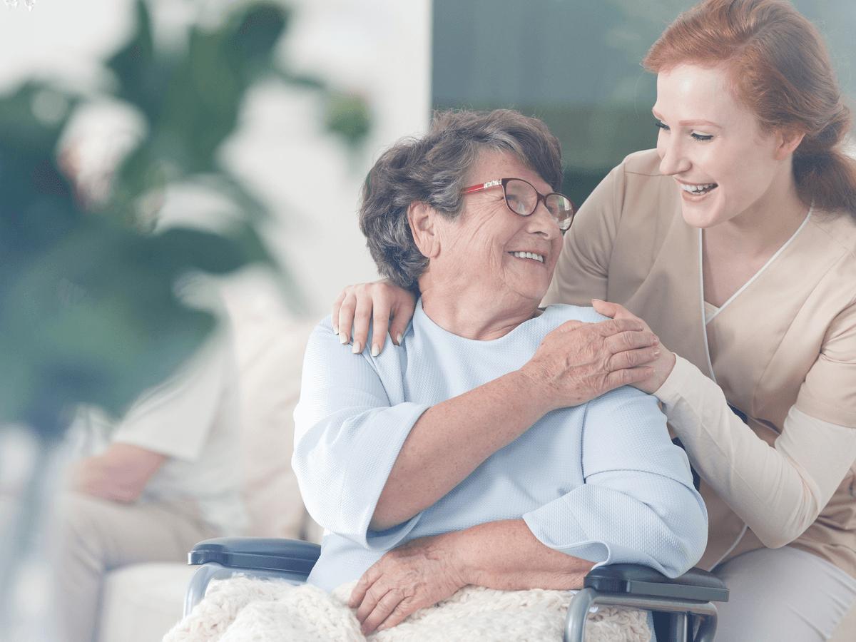 介護の資格はいつでもチャレンジ可能!転職するために取得したい資格の種類とキャリアプラン
