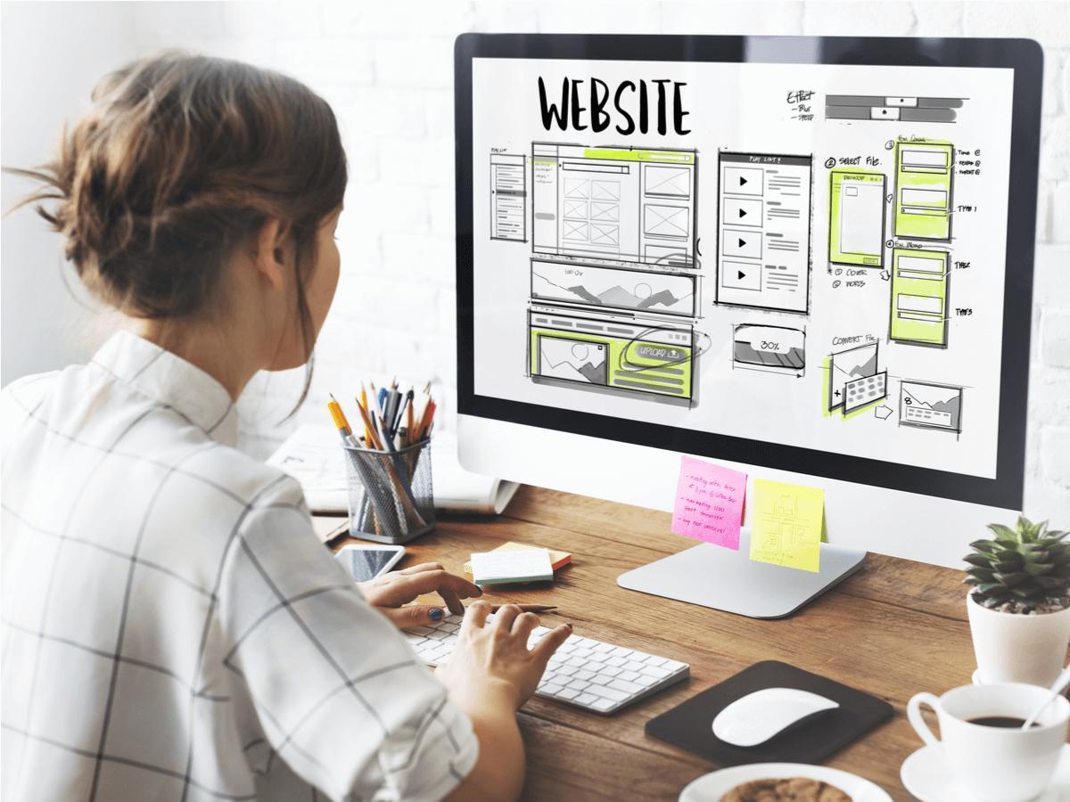WEBディレクターは業界に欠かせない存在!向いている人の特徴と必要とされるスキルとは
