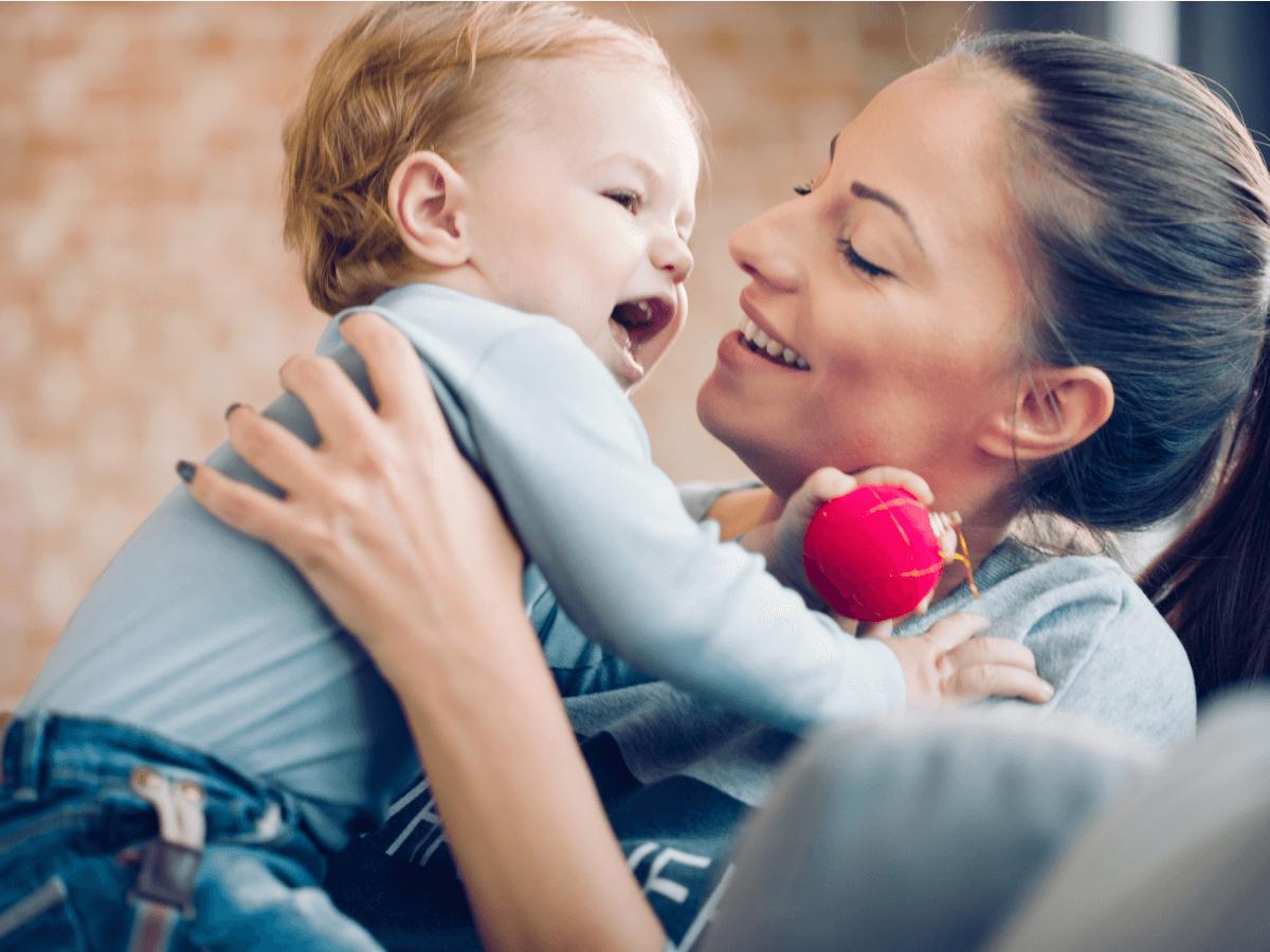 ベビーシッターはお母さんの強い味方!必要資格・求人・向いている人の4つ特徴