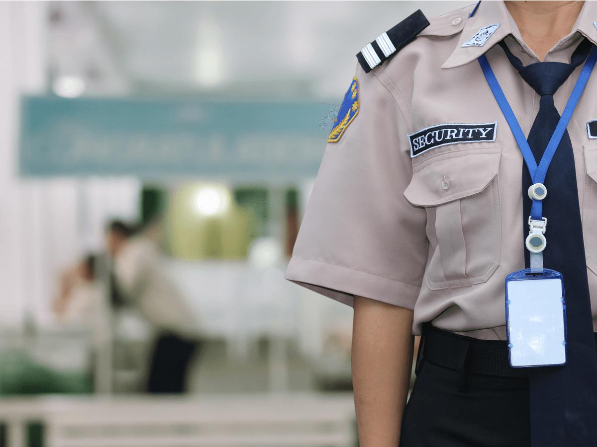 警備員は私たちの生活を安全に守ってくれる大切な仕事!必要な研修と4種類の警備について