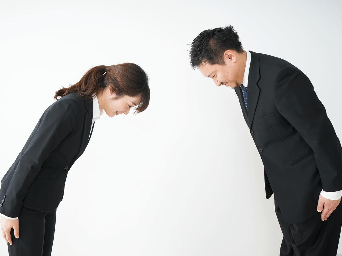正しいお辞儀は社会人の基本!相手に敬意を表すマナーを知ってビジネスシーンで使い分けよう