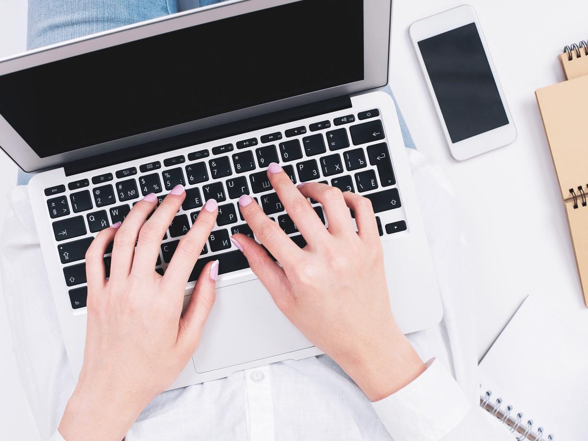 面接日程の返信メールマニュアル!好印象を与える基本マナーや書き方を徹底解説