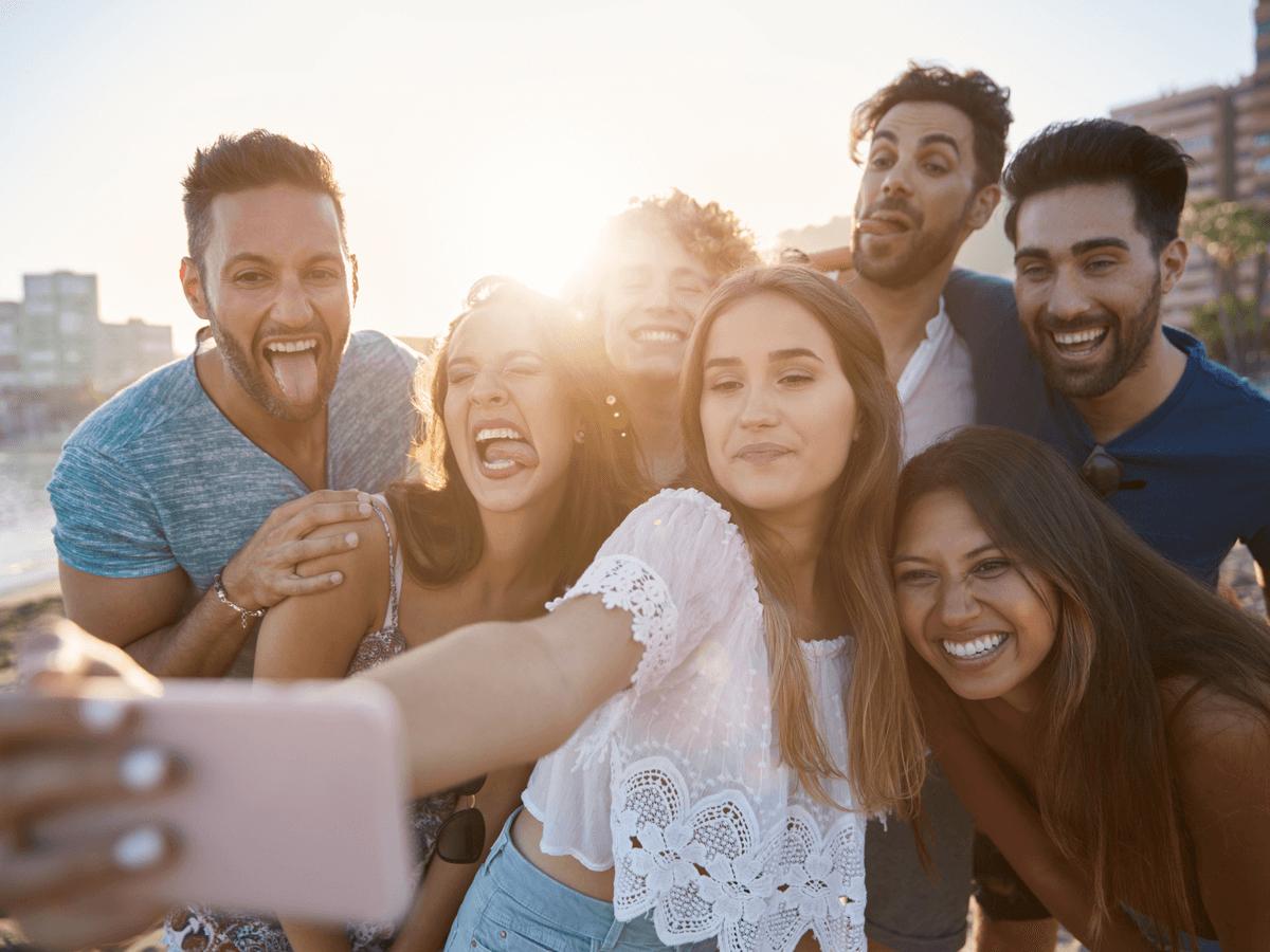 社内イベントが嫌な人もついつい参加したくなる!ユニークな企画10選と定番人気の景品10選