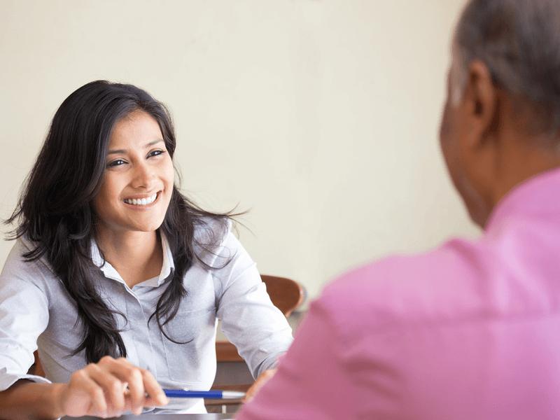 介護業界へ転職するために取得したい資格とキャリアプラン