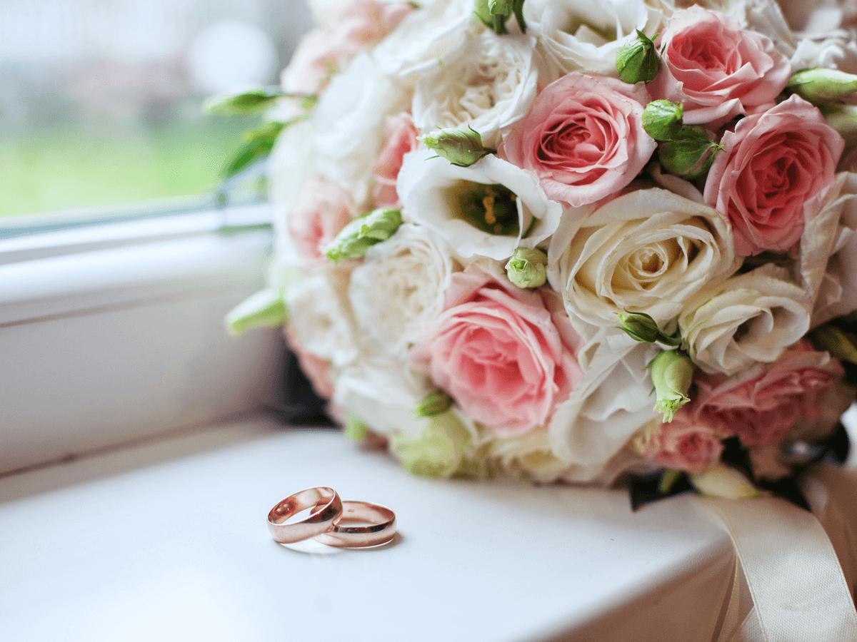 結婚を理由に退職する際の理由や手続き・挨拶について解説!辞めてから後悔のないように選択しよう