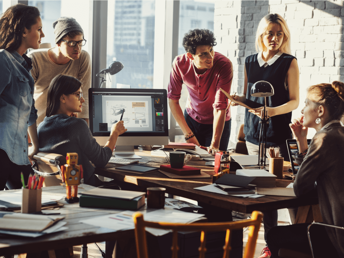 女性の活躍を推進している仕事・業界とは?理想のワークスタイルを実現しよう!