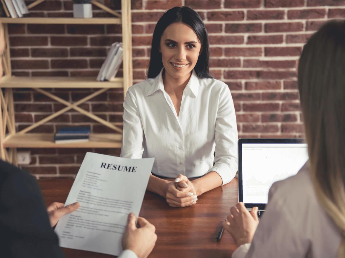 面接の自己紹介で他の応募者と差をつける!好印象を与えるコツと新卒・転職者向けの例文