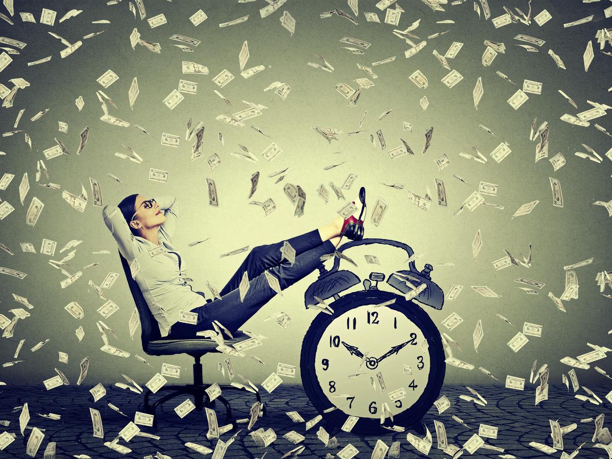 個人投資家とはどんなことをしているの?気になる年収額と生活の仕方について