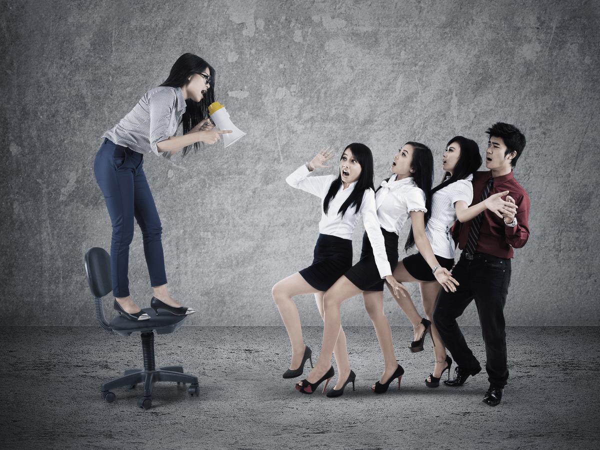 後輩指導にストレス…やる気を出させる方法とおすすめのティーチング本5選