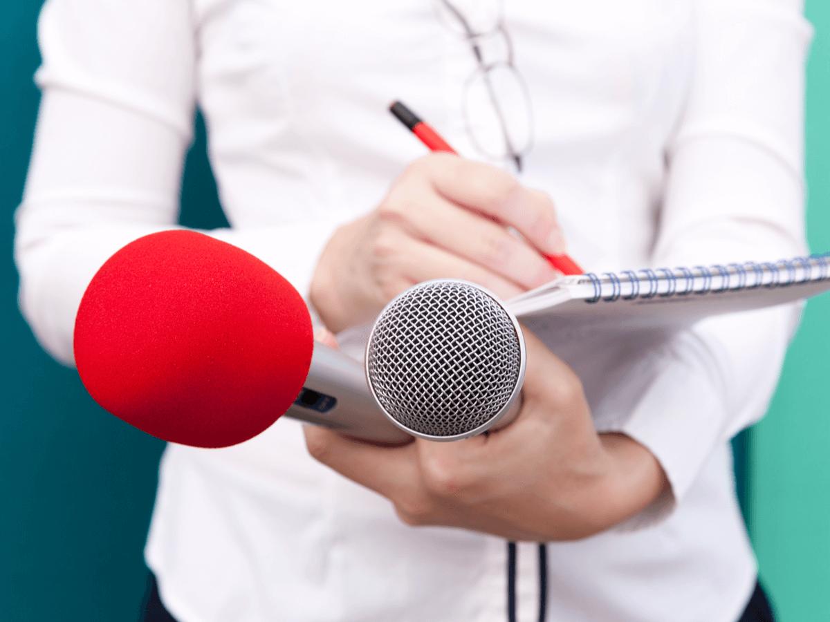 記者になるにはどうすればいい?記者クラブの仕組みと仕事内容の詳細について