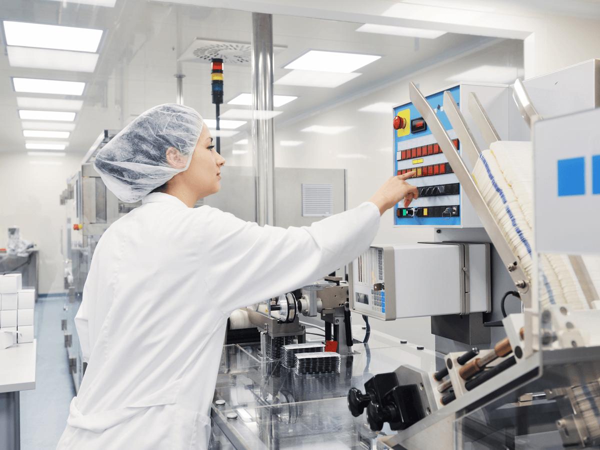 臨床工学技士は人の生命に関わる医療機器を扱う重要な職業!仕事内容や働く場所について知ろう