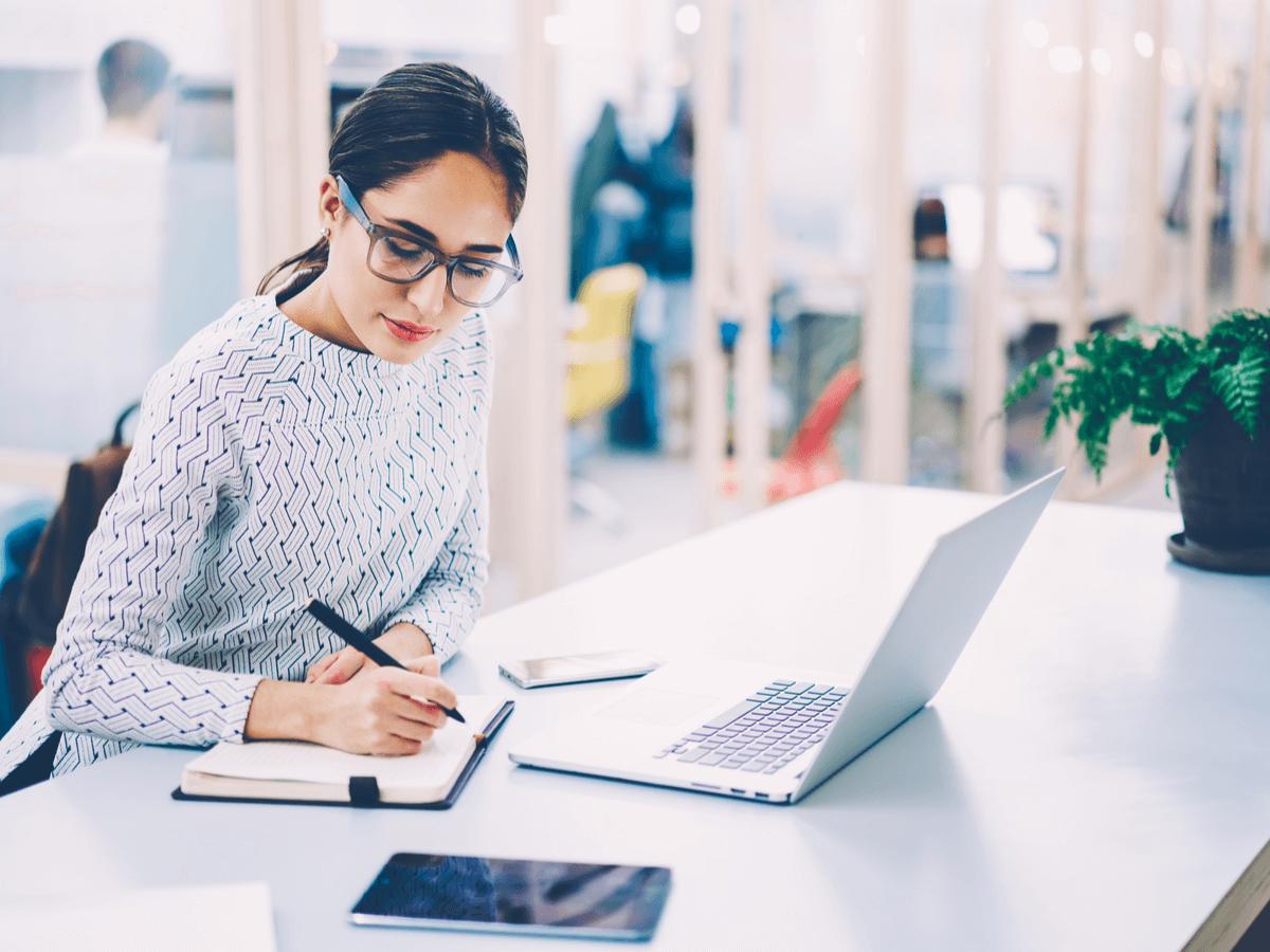 事務の仕事に就く時に役立つ資格とは?取得しておきたい資格を紹介します!