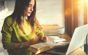 主婦が在宅ワークで稼ぐ方法とは?!パソコンがあれば出来るお仕事情報サイト10選