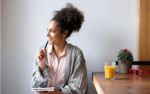 保険加入に迷う女性必見!無料相談もできる保険サイト7選